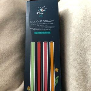 Silicone straw set